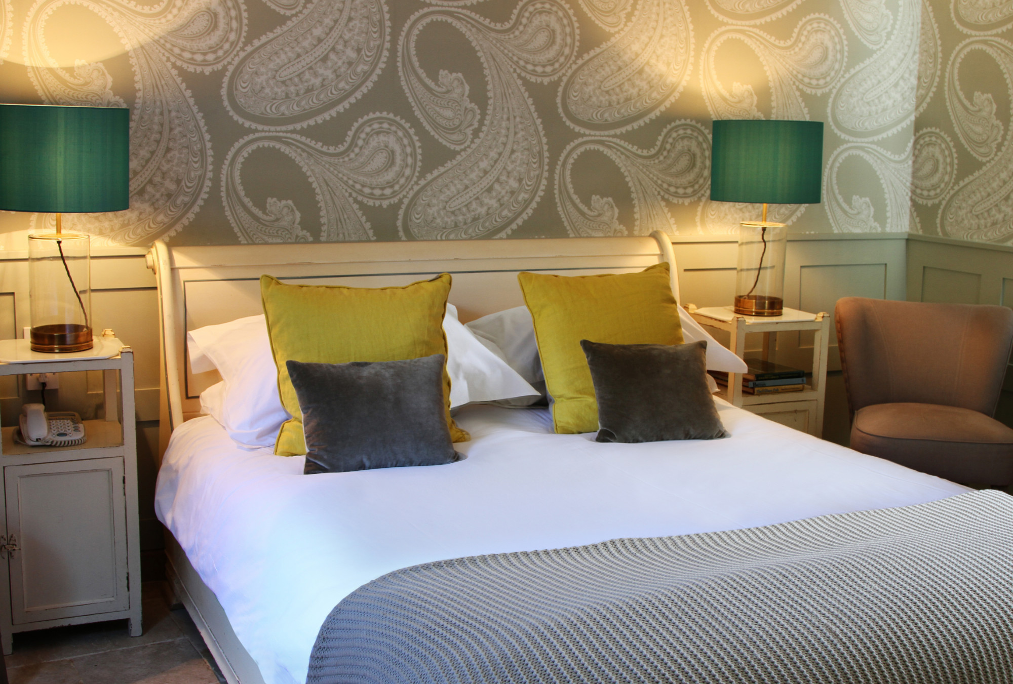 Kings Head Inn Bedroom 7 The Cool Hotel Guide